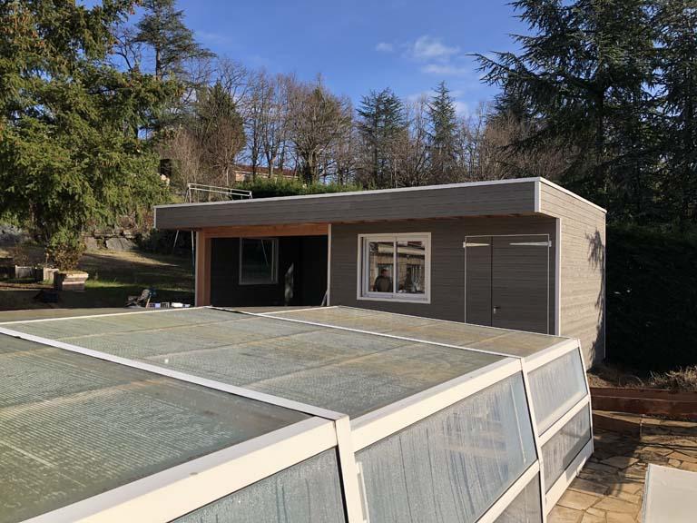 Pool house 12