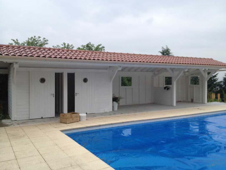 Pool house 14